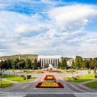 Площадь Согласия в Междуреченске :: Иван Иванов