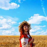 В поле :: Любовь Нефёдова