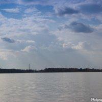 Небо и озеро. :: Вадим Басов