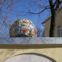городской пейзаж с цветами (Церетели) :: Анна Воробьева