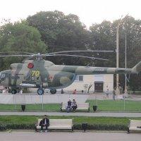 Вертолёт на ВДНХ :: Дмитрий Никитин