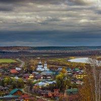 Октябрь :: Сергей Добрыднев