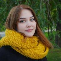 В шарфе. :: Александр Бабаев