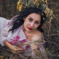 девушка осень :: Евгения Золотовская