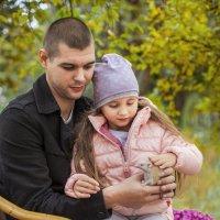 папа и дочь :: Евгения Золотовская