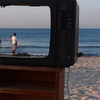 The Box - пляж эмоций. Про экологию наверное программа... :: Александр Резуненко