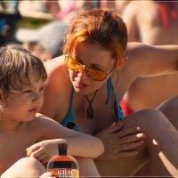 Заботливая мамаша. :: Anatol Livtsov