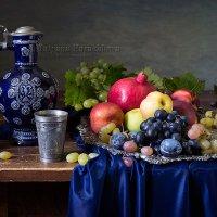 Фруктовая тарелка :: Татьяна Карачкова