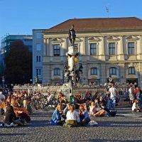 Augsburg, 14.10.17 - по-летнему (+20°) тёплый октябрьский день... :: Galina Dzubina