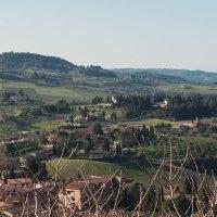 Сан-Джаминьяно. Вид на окрестности с крепости  Rocco di Montestaffoli. :: Надежда Лаптева