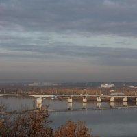 Камский мост утром :: Елена Загородская
