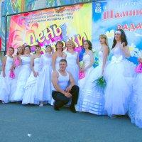 парад невест :: леонид логинов