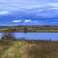 Дорожка к озеру :: Сергей Цветков