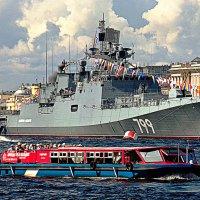 Праздник ВМФ в Питере. :: Марина Харченкова