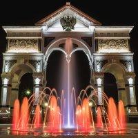 Триумфальная арка :: Василий Дудин