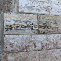 На стене Петропавловки :: Ольга