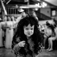 На свадьбе :: Роман Жданов