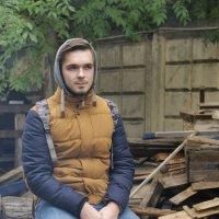 Незнакомый молодой человек... :: Фёдор Куракин
