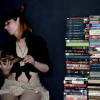 Мари и чтение книг! :: Роза Бара