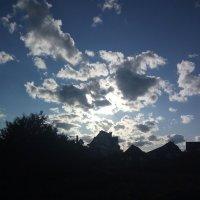 Солнце за облаками :: Юлия Шевцова