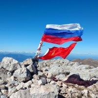 вершина горы ОШТеН (2850 метров) :: Михаил