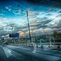 Питер съемка находу с виадука в Шушарах в переди город :: Юрий Плеханов