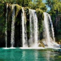 Водопад в парке Анталии :: Клара