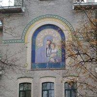Интересная облицовка православной церкви в Александровском саду. (Санкт-Петербург,метро. Горьковская :: Светлана Калмыкова