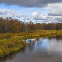 Осень на реке :: Сергей Цветков