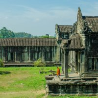 the monk in Angkor :: rovno@inbox.ru