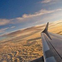 Под крылом самолета...! :: Наталья