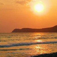 В сто сорок солнц закат пылал... :: Александр Филатов