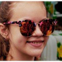 Просто гламурные очки. :: Anatol Livtsov
