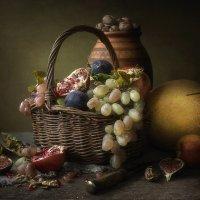 Натюрморт с осенними плодами :: Ирина Приходько