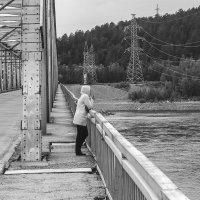 На мосту :: Виктор