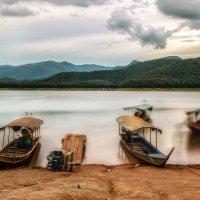 Горное озеро :: Андрей Ковалев