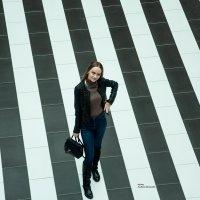 Ксения на прогулке в ТЦ Гудок :: Albina