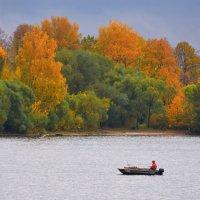 Осень на реке :: Марина Богданова