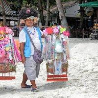 Пляжный торговец. :: Андрей Ковалев