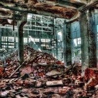 На развалинах эпохи......... :: АЛЕКСАНДР СУВОРОВ