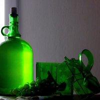 Натюрморт с бутылкой. :: nadyasilyuk Вознюк