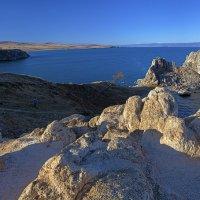Берег острова :: Анатолий Иргл