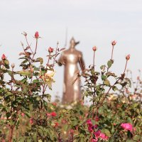 Памятник Солдату-красногвардейцу :: Алена Д