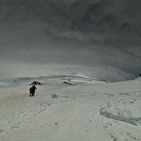 На штурм Эльбруса :: Павел