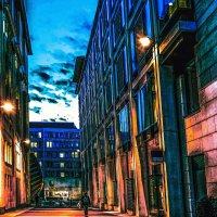 Голубые тротуары, синие цветы, Ярко-желтые трамваи, розовые сны. :: Александр Липовецкий