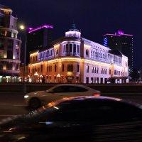 Прогулка по вечерней Москве :: Михаил Новиков