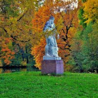 Геркулес в палитре Золотой осени... :: Sergey Gordoff
