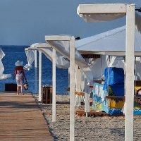 The Box - пляж эмоций. Там утро начиналось для кого-то так... :: Александр Резуненко