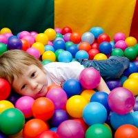 Детский праздник. Сережа. :: Мария Ларионова