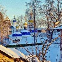 Зимой у Псково-Печерского монастыря :: Leonid Tabakov